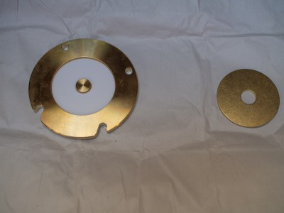 Cover plate with teflon disc in place