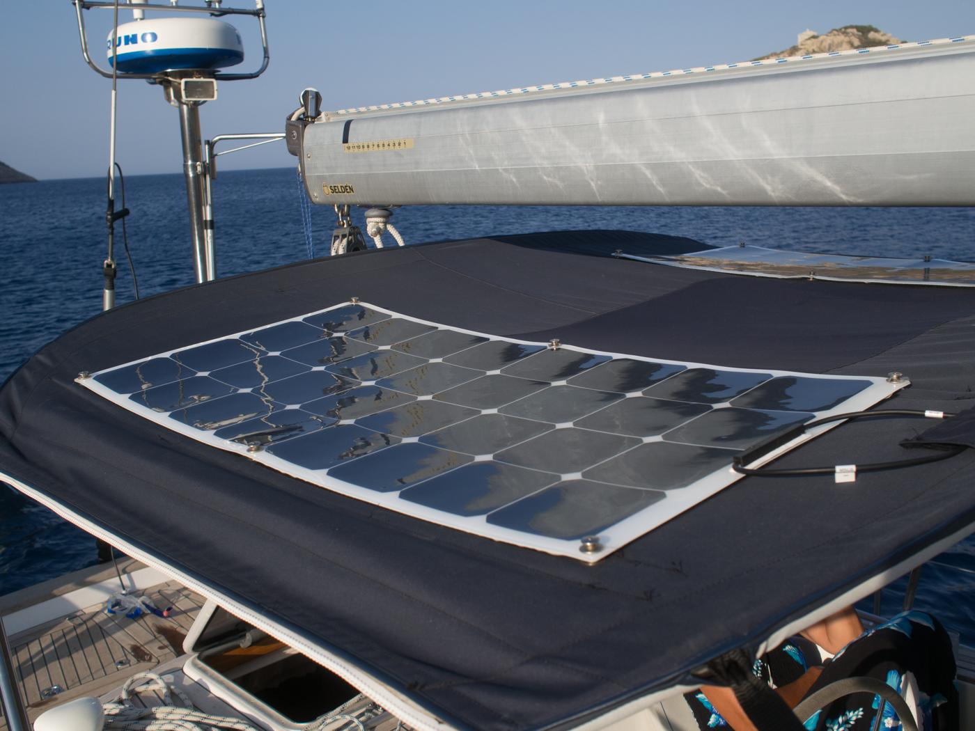 Solar Panels Bimini - S/Y Bella Luna