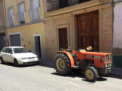 Tractor home for siesta