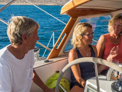 Mats & Eva from S/Y Angelina http://segling.sy-angelina.se/#home